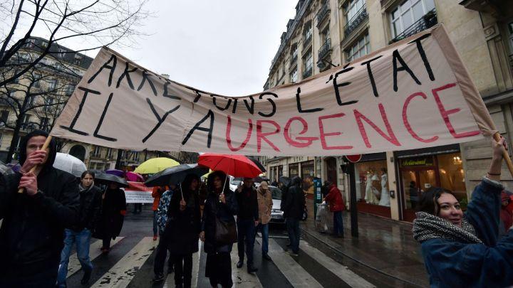 rassemblement-d-opposants-a-l-etat-d-urgence-le-30-janvier-2016-a-paris_5507609.jpg